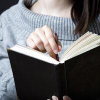 手話初心者向けのわかりやすい本は?基本の教材やテキストのおすすめを厳選してご紹介!